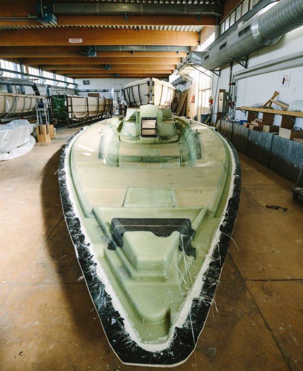 Bootsbau in der Sunbeam Werft in Salzburg
