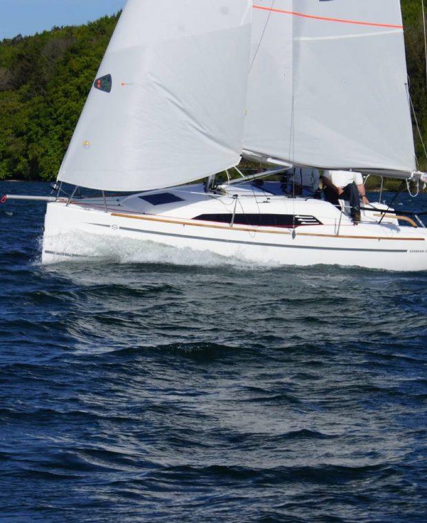 Sunbeam 22.1 - Fahrt am Wasser - Sunbeam Yachts
