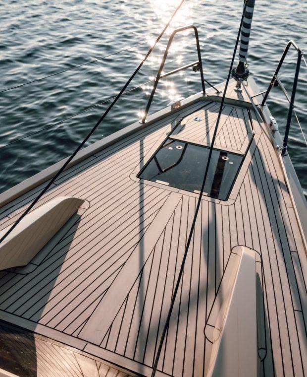 Sunbeam 32.1 deck area